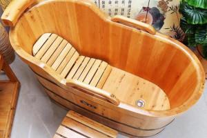 怎么识别香柏木浴桶及香柏木浴桶防水防腐吗?