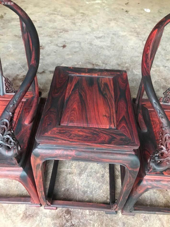 大红酸枝圈椅三件套高清视频厂家