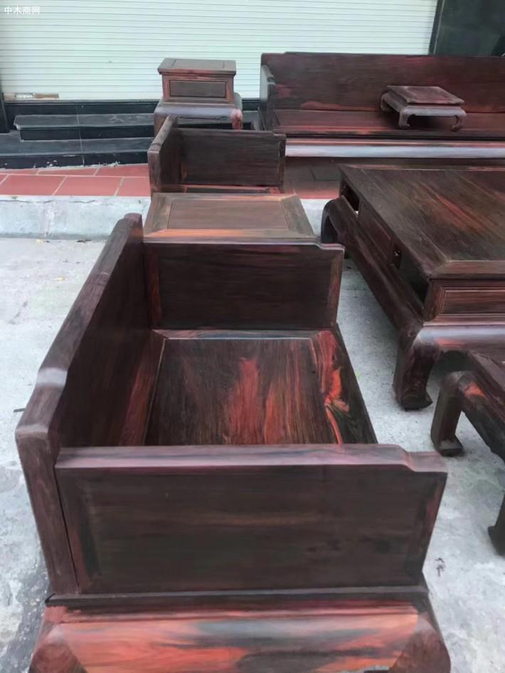 怎样保养大红酸枝家具沙发产品