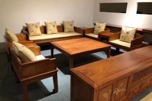 缅甸花梨沙发10件套的价格一般是多少?
