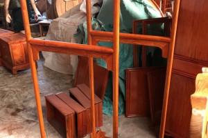 缅甸花梨木衣架生产厂家