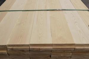 床板一般用什么材料比较好及松木床板的特点有哪些?
