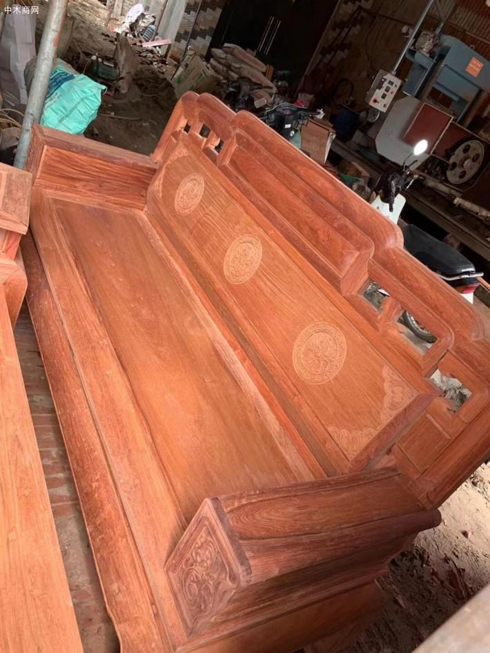 缅甸花梨国色天香毛胚沙发十件套现货供应厂家
