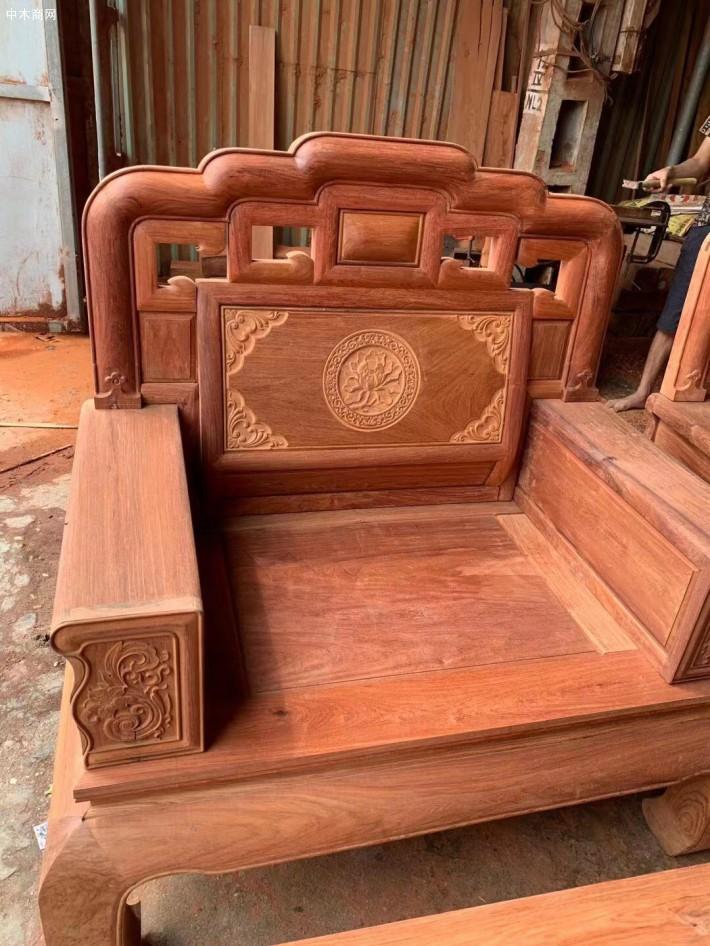 缅甸花梨国色天香毛胚沙发十件套现货供应批发