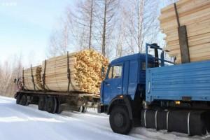 广西鹿寨召开木材运输企业交通安全管理工作推进会