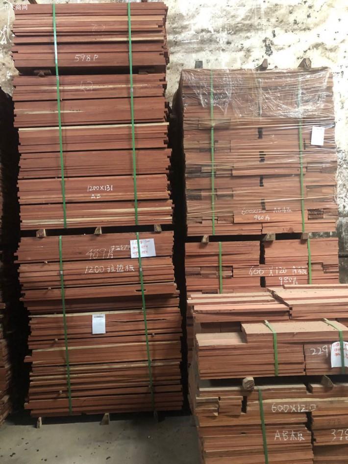 红檀香实木地板坯料厂家直销厂家