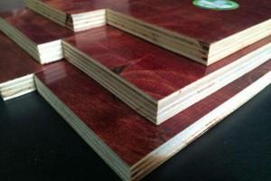厂家直销半整芯松杨结合酚胶面建筑模板防水耐用适用于高层桥梁包装