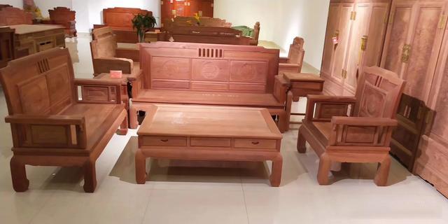 红木家具深受大家喜欢,有些内行人却不建议购买,这是为什么品牌