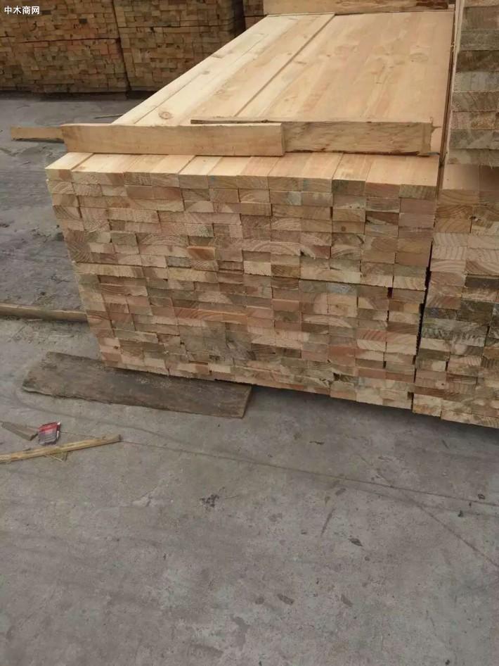 欧美进口原木加工云杉木方,建筑用材规格定制图片