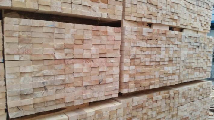 欧美进口原木加工云杉木方,建筑用材规格定制厂家
