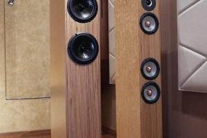 全桦木多层板音响产品展示