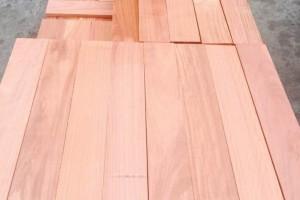 红檀香实木地板坯料的特点有哪些?