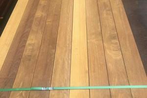 菠萝格防腐木板材制造商