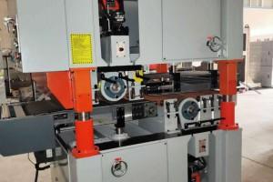 中国国内共有规模以上人造板机械制造企业100多家