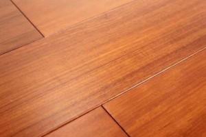 人工柚木实木地板价格便宜市场认可度依旧不高