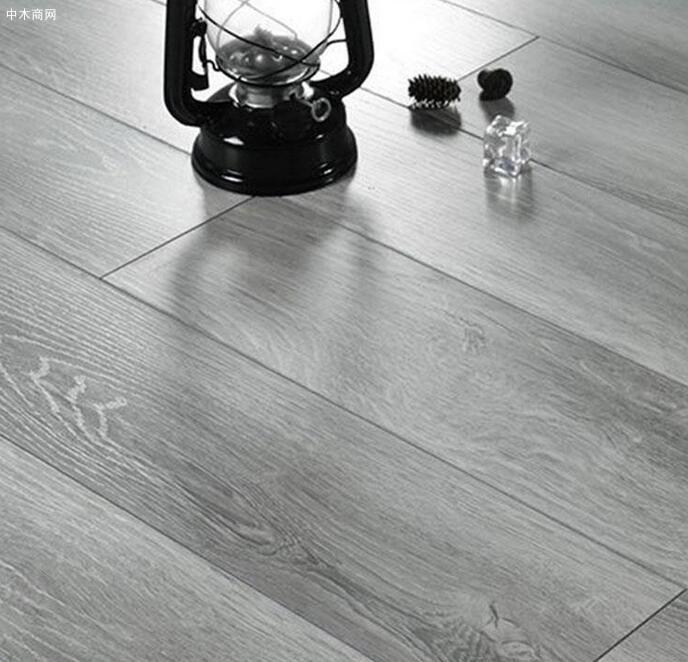 实木地板怎么保养才会亮及方法品牌