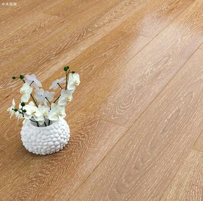 实木地板怎么保养才会亮及方法图片