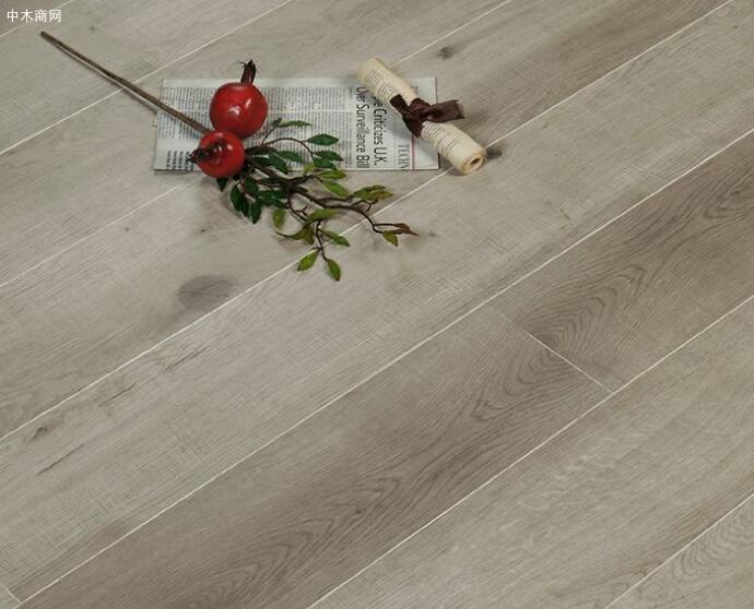 多层实木地板的优缺点及选购技巧