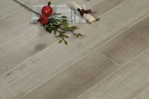 多层实木地板的优缺点及选购技巧?