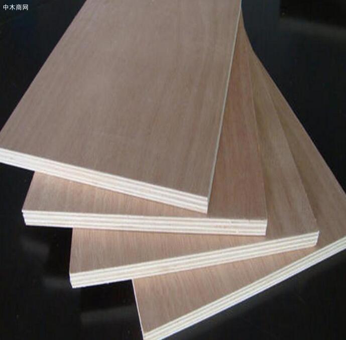 《中国人造板产业报告2020》中国林产工业协会专家评审会顺利召开