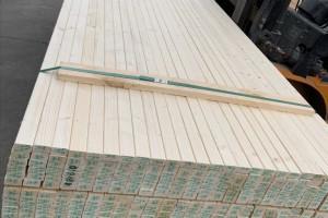 床板是松木好还是杉木好?