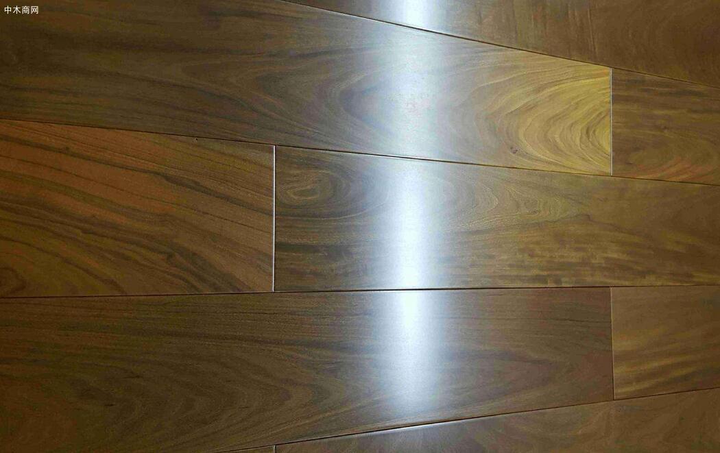 重蚁木地板的优缺点及选购技巧供应