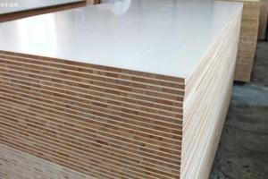马六甲免漆板是什么板材及优缺点有哪些?