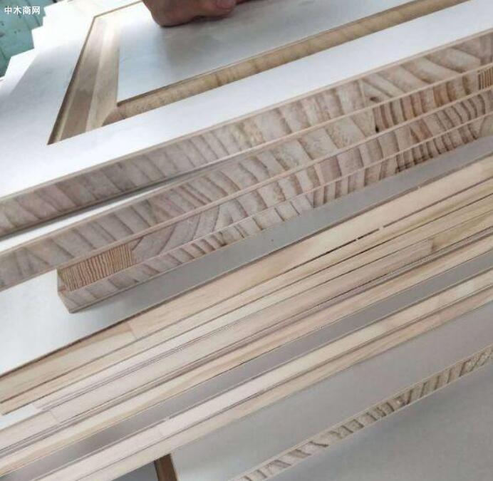 马六甲免漆板是什么板材及有哪些优缺点厂家