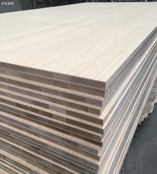 免漆板材杉木芯和马六甲什么意思