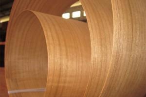 广东木材市场泰柚木皮价格多少钱一平方