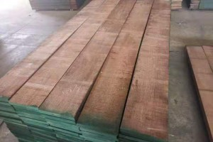 天津进口美国黑胡桃木板材高清图片