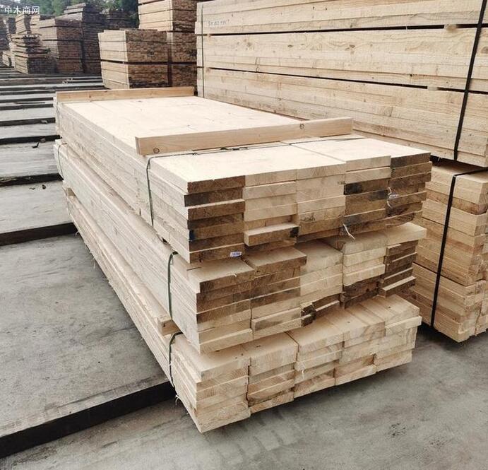 江苏香杉木龙骨,建筑木方生产厂家
