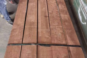 美国黑胡桃木有几种等级划分标准?