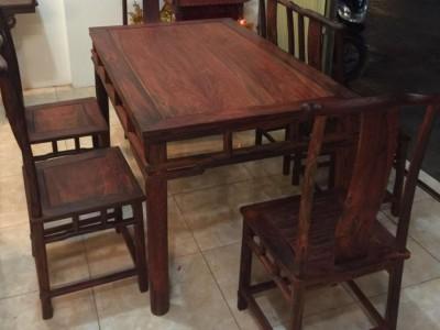 精品大红酸枝方餐桌各种花色款式大红酸枝四方桌餐桌批发