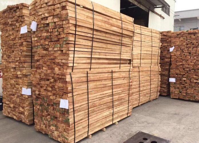 橡胶木的加工特点及橡胶木实木家具的优缺点厂家