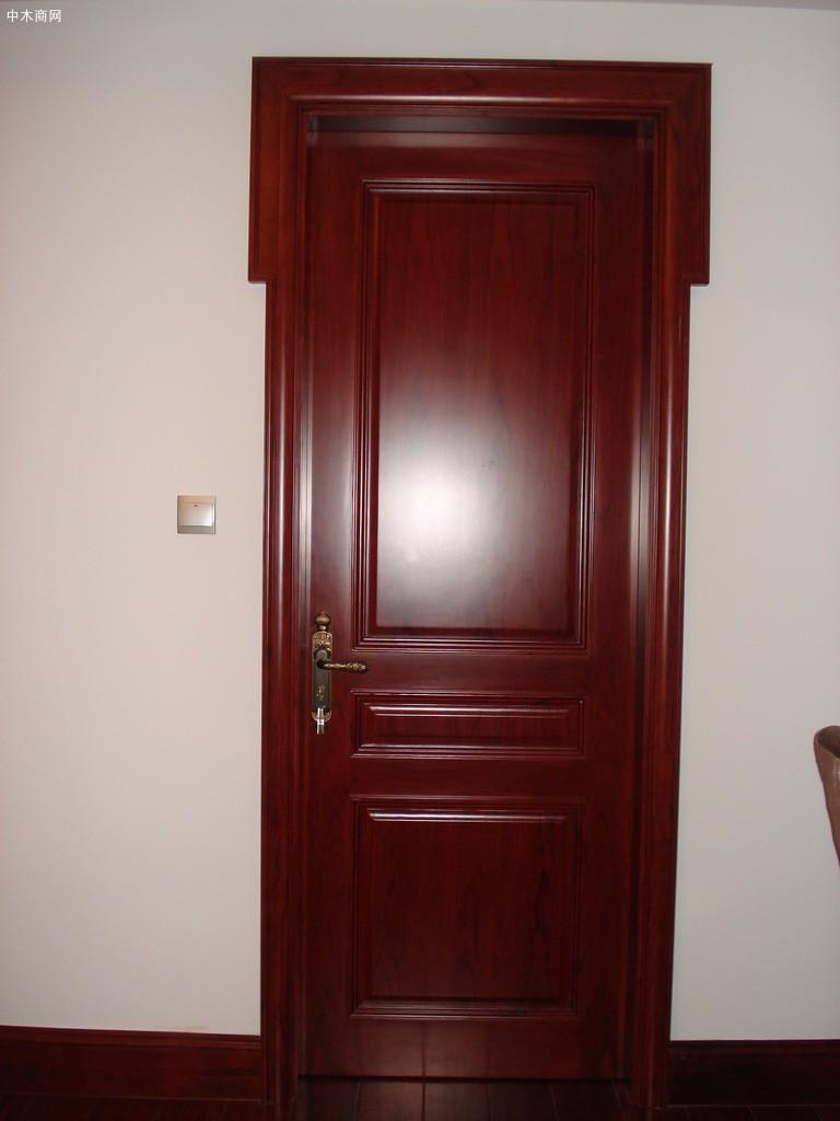 实木复合门是什么材质做的采购