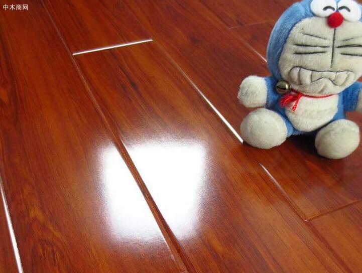 选地板是竹地板好还是木地板好价格