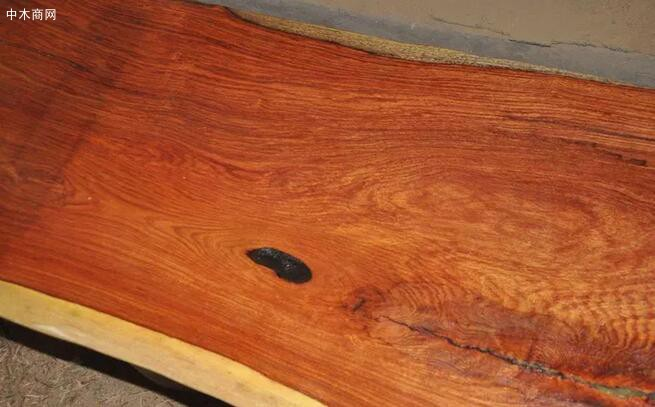 酸枝是什么木头?红木的红酸枝与黑酸枝价格排名,学名及俗称对照排行榜