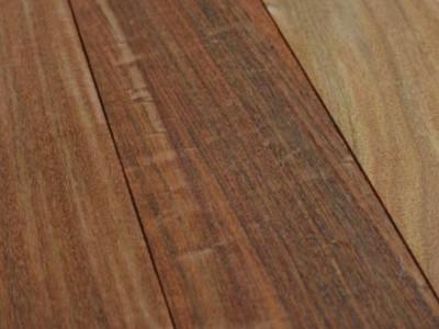 重蚁木板材批发