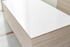 实木烤漆板是什么材料?