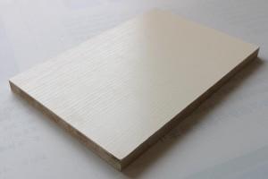 什么是薄木贴面板及种类?装修薄木贴面板怎么选材?