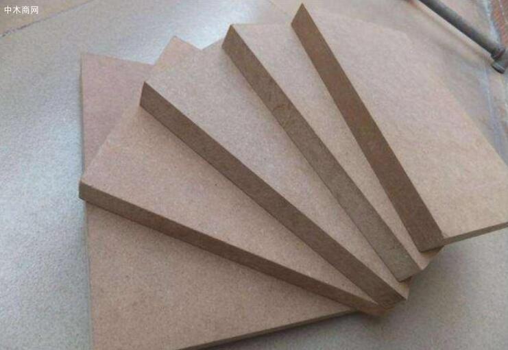 纤维板是什么材料做的及优缺点