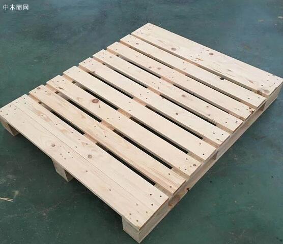 木托盘用什么木料及我们要怎样选择木托盘的材质图片
