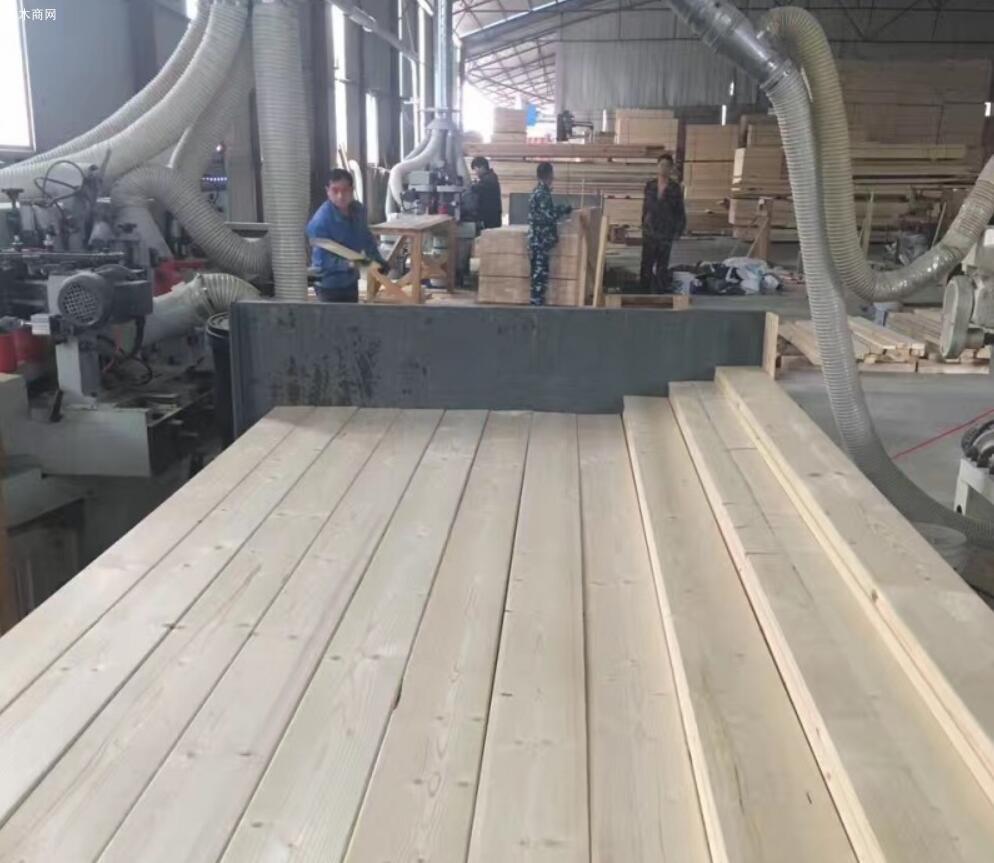 基础设施锯材厂的木材交易价格水涨船高