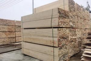全国各地的木材加工厂陆续开锯,接单