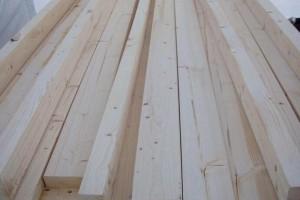 建筑工地常用的木方材质有哪些?