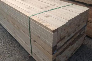 太仓创秋木业进口铁杉加工出来的建筑木方质量杠杠滴