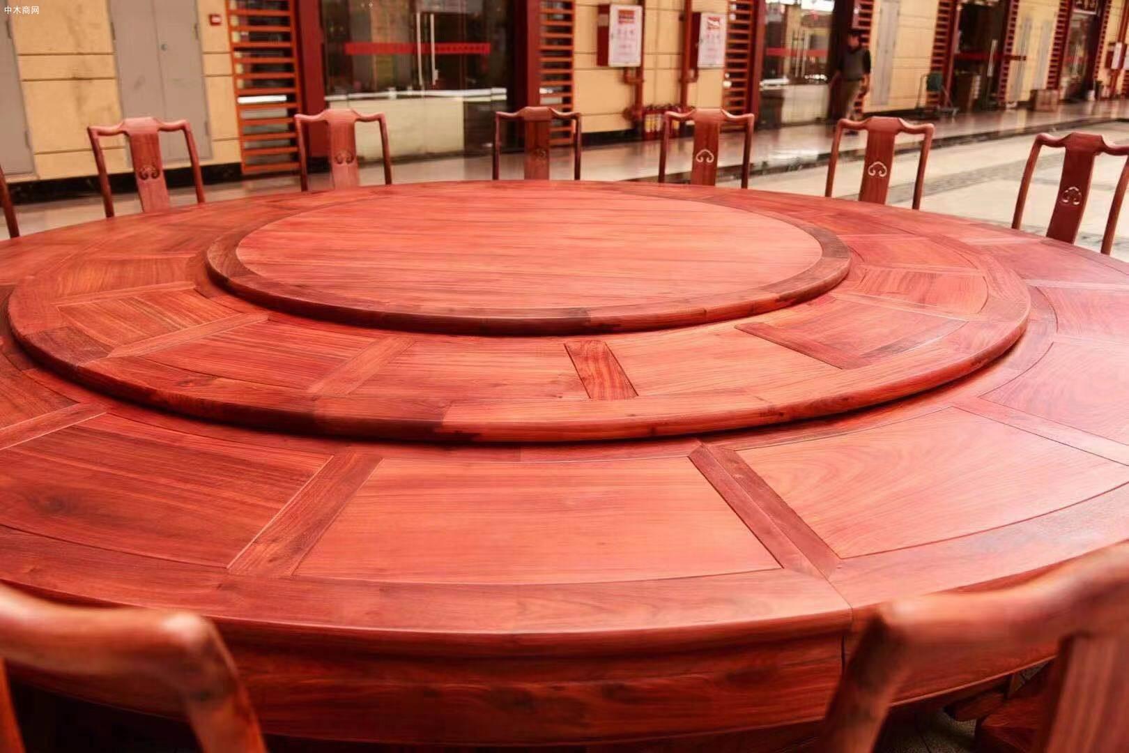 3.2米血檀圆餐桌21件套高清图片