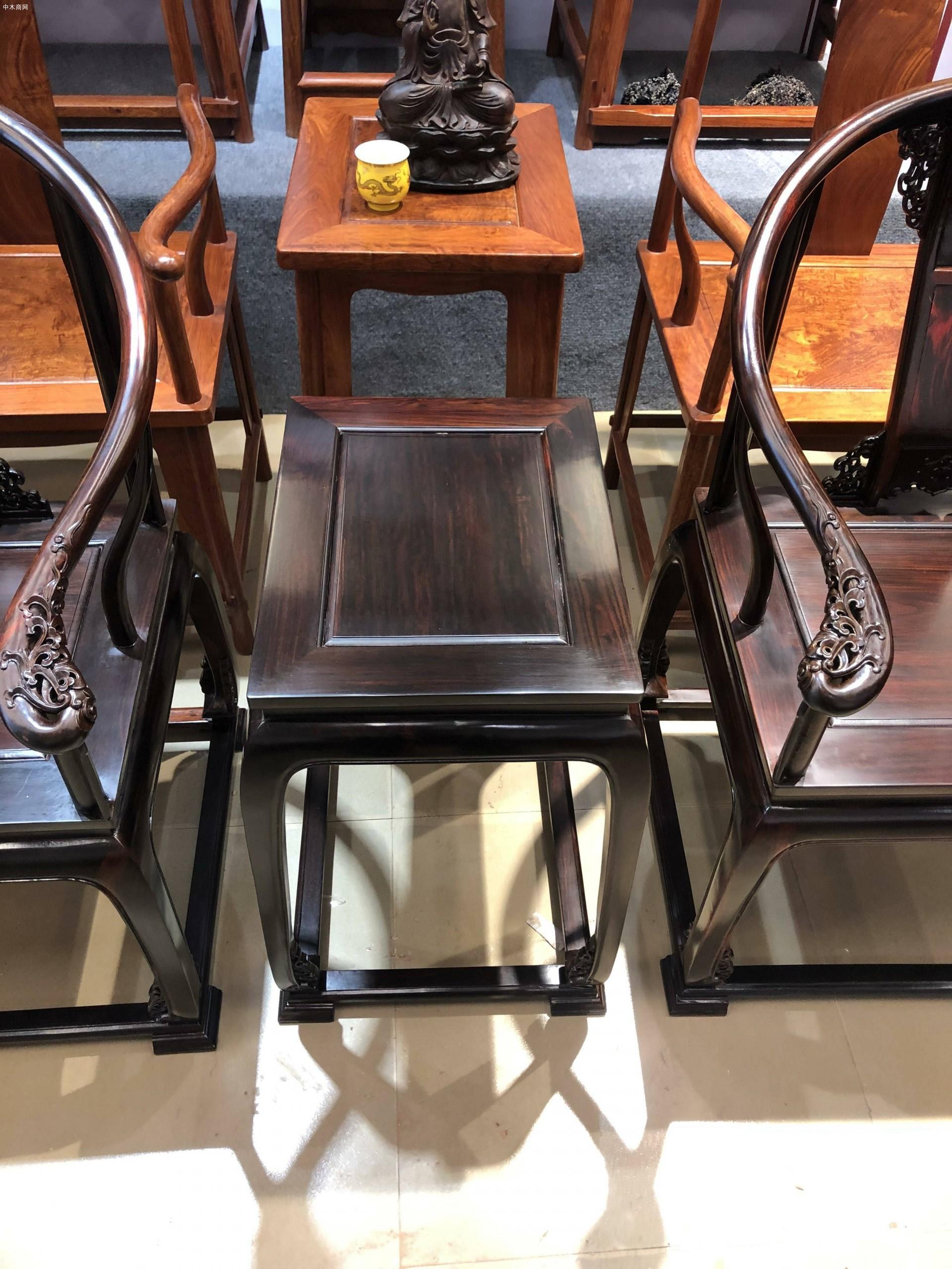 交趾黄檀大红酸枝皇宫椅三件高清图片效果图