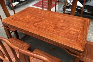 一套缅甸花梨木餐桌七件套多少钱?